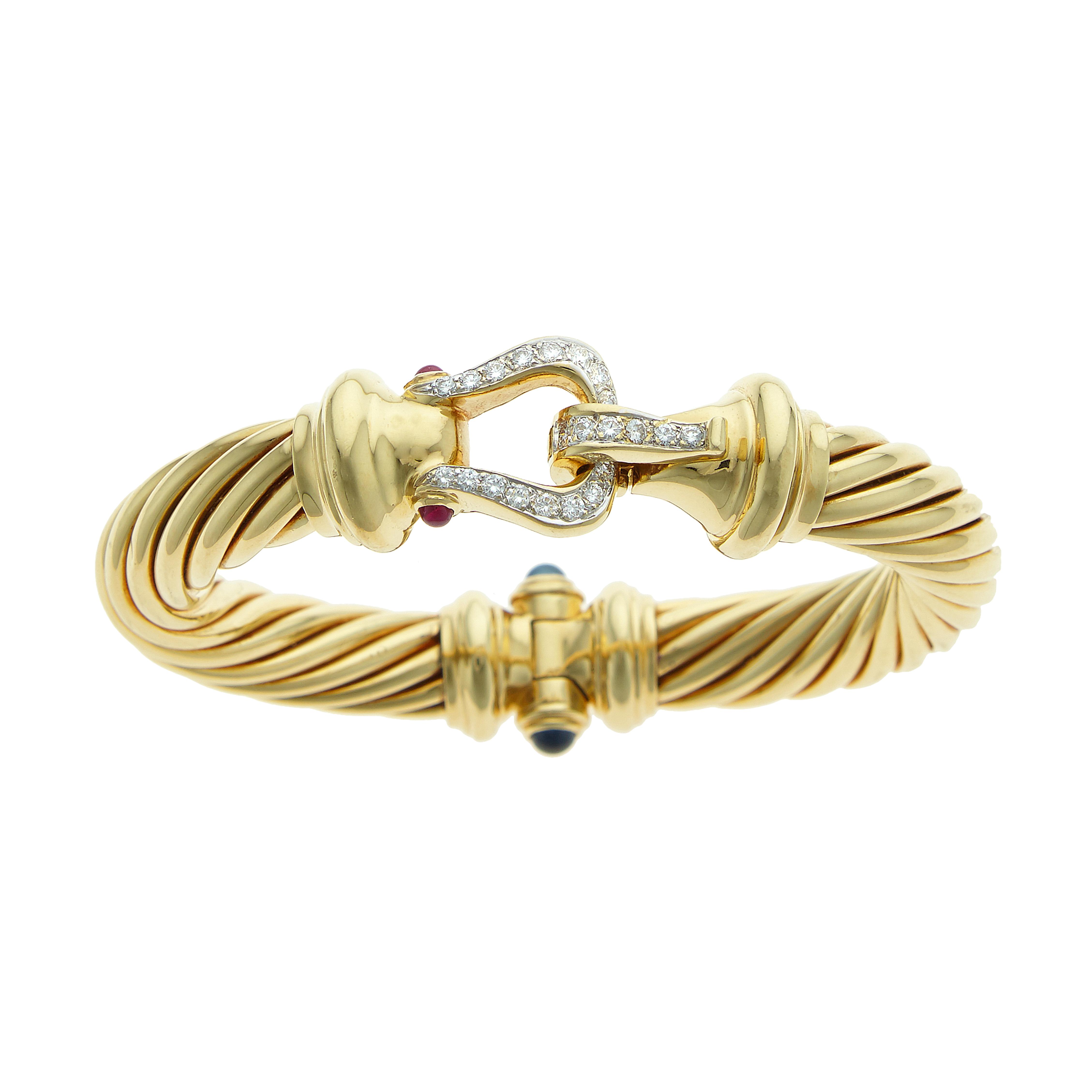 gold-bracelet