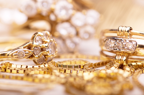 Buying-gold-here-is-what-you-need-to-know